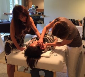 michelle gellis teaches facial acupuncture class