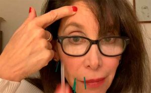 Facial self-acupuncture for licensed acupuncturists